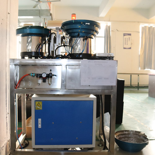 Automatic packaging unit